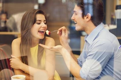 Kalau Pria Menunjukkan 15 Sikap Ini, Ia Calon Suami Ideal.. Ayo kira-kira calon mu cocok gak ?