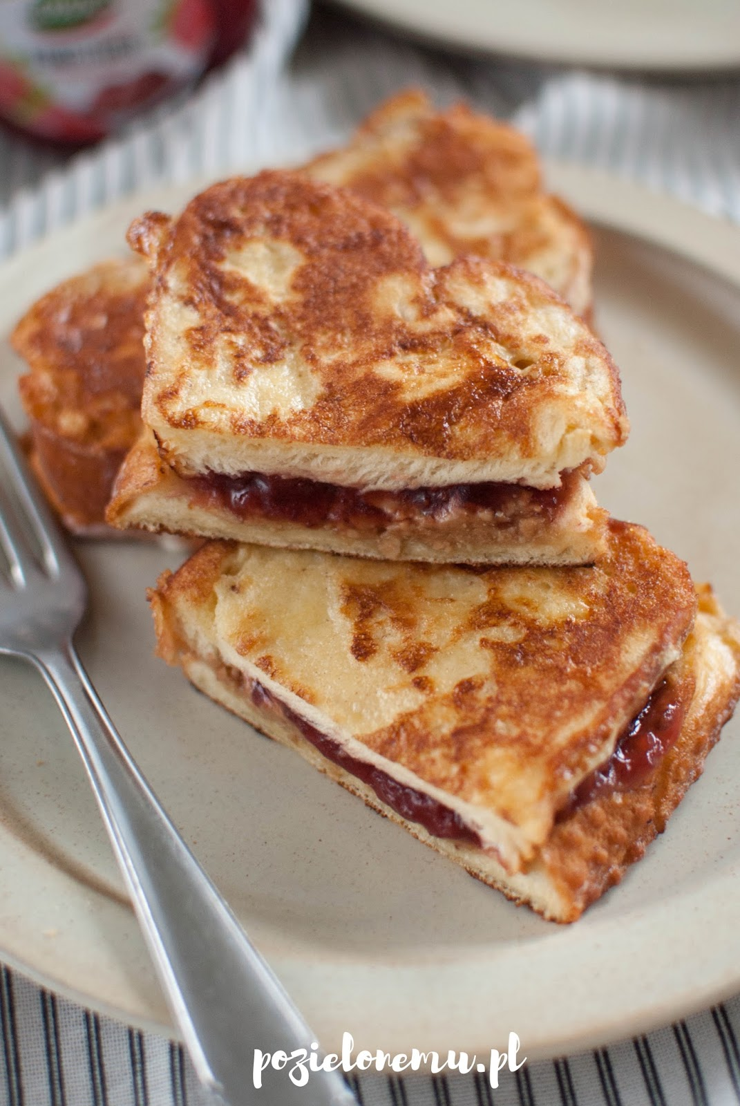 Słodkie tosty francuskie z niespodzianką