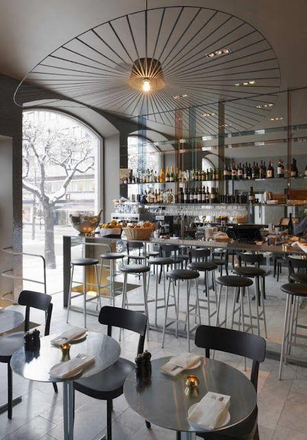 Commercial space with vertigo lighting by Constance Guisset