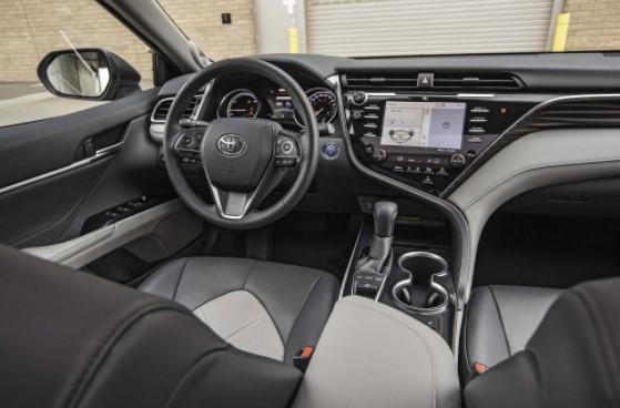 2019 Toyota Camry Photos and Info – News – Car and Driver