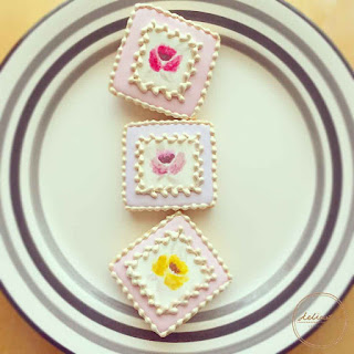 natural food colouring painted rose cookies with gold painting