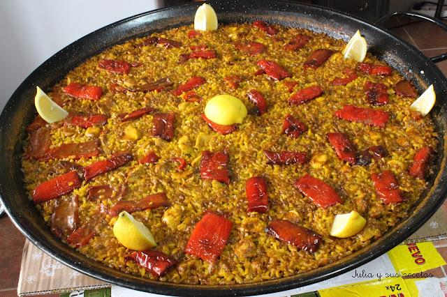 Paella de pollo y pimientos rojos. Julia y sus recetas