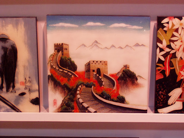 Crafts in Beijing painting Chinese Wall
