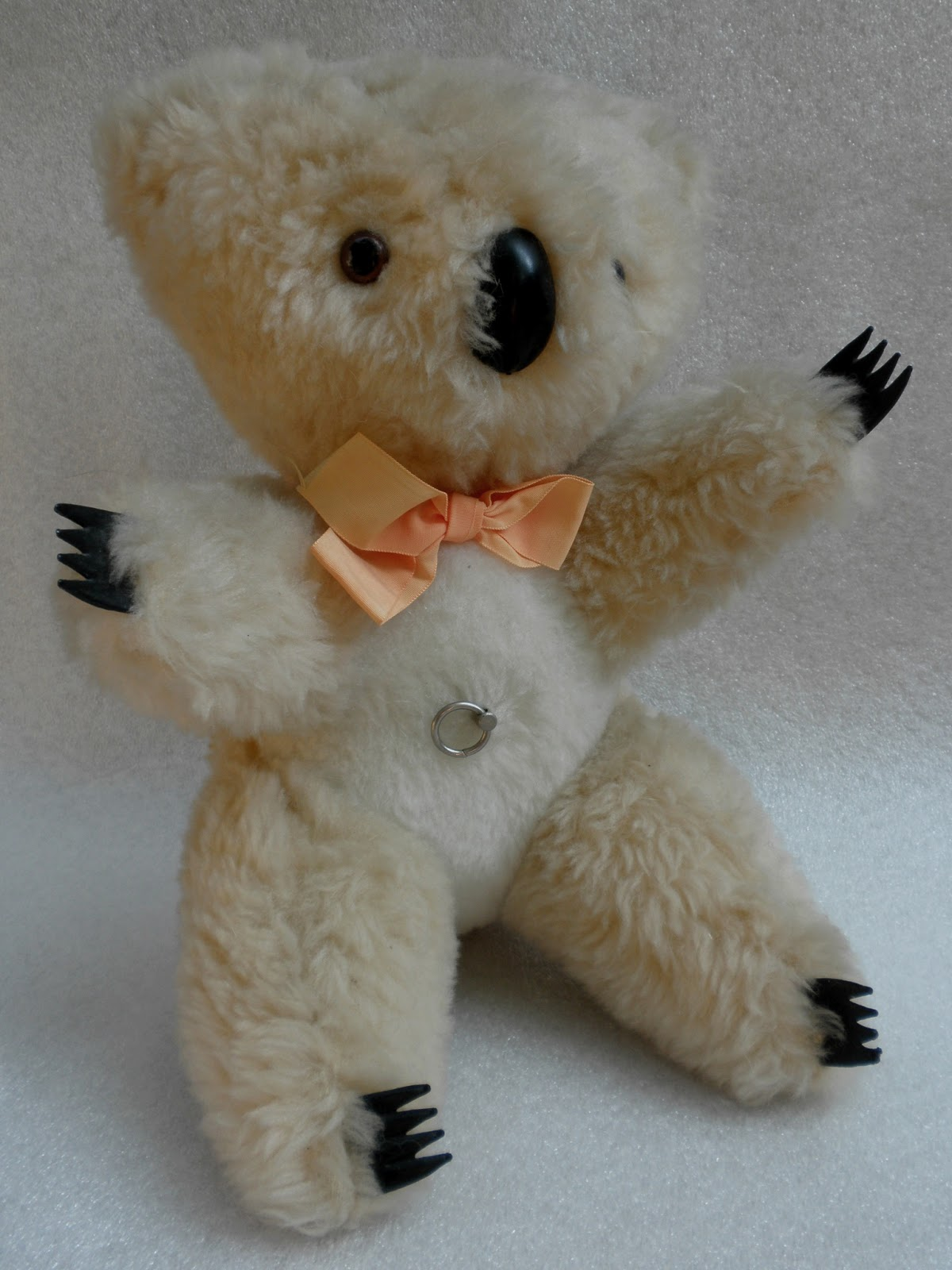 Australian Made Teddy Bears Collectible Teddy Bears How To Determine If Your Find Is