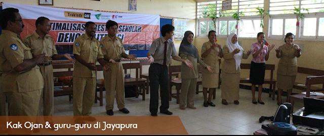 Kak Ojan & guru-guru di Jayapura