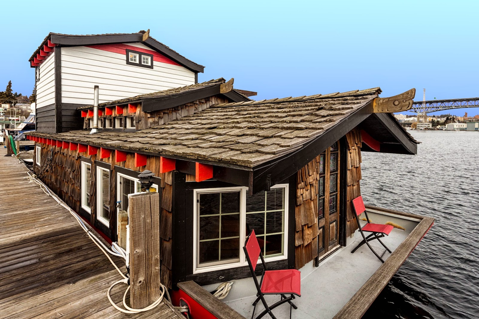 for each wind that blows: Weekly Tiny Home: Seattle Houseboat