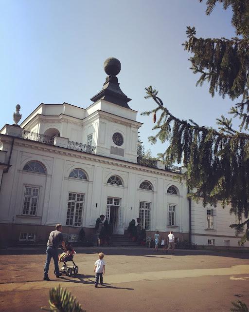 Pałac w Jabłonnej - spacer na niedzielę pod Warszawą/Jabłonna palace - a place for a walk nearby Warsaw