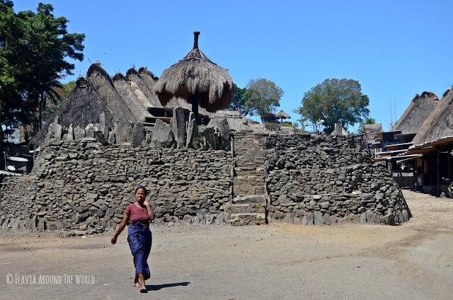 Pueblo tradicional Ngada en Flores, Indonesia