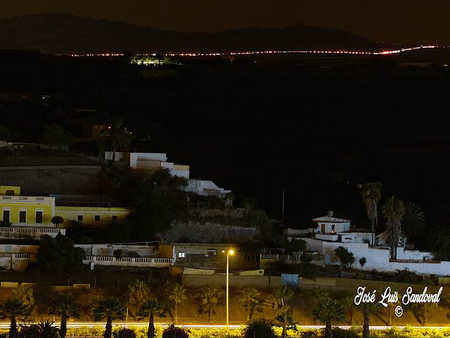 miles de coches para ver los fuegos de san lorenzo 2016