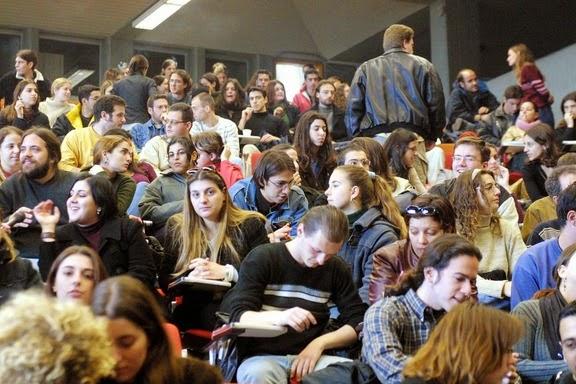 Νέες σχολές σε ΑΕΙ ιδρύει ο υπουργός Παιδείας Ανδρέας Λοβέρδος