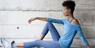 Sol, Saúde e Fitness: Modelo Confortável Para Malhar