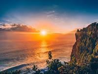20 Keindahan Foto Sunset di Indonesia