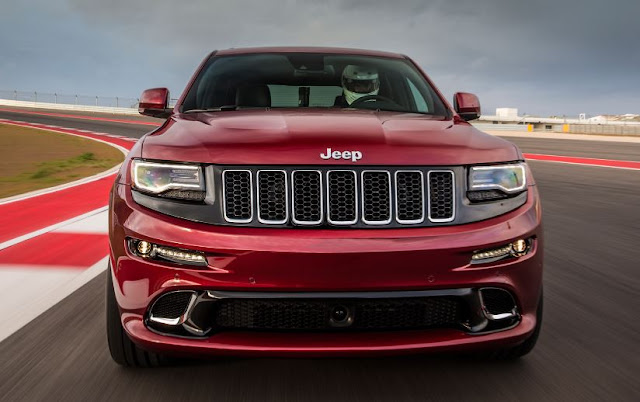 2017 Jeep Grand Cherokee SRT reviews