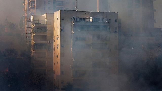 النيران-تأكل-حيفا-و-إسرائيل-تعلن-التعبئة-العامة-حرائق-اسرائيل-كالتشر-عربية