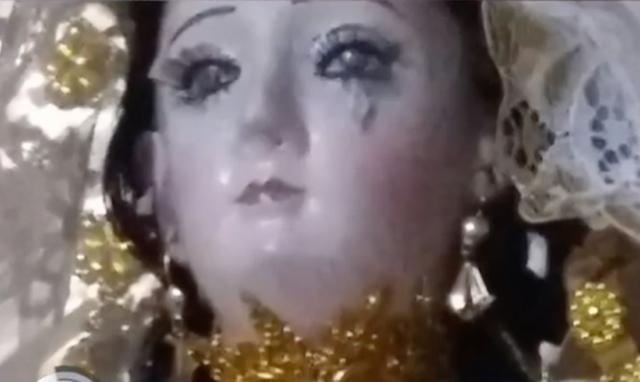 Juran que la imagen de una Virgen en Bolivia está llorando porque los fieles se olvidaron de ella.
