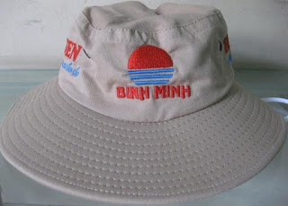 Mũ tai bèo Kim Cương