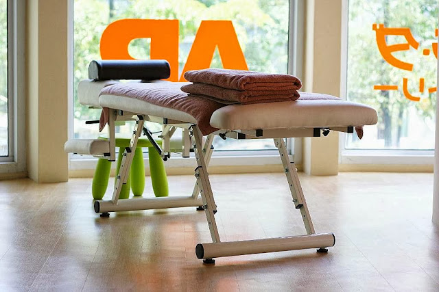 Karada Serendra Japanese Body Therapy Massage Bed