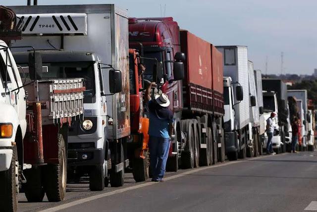 O preço da greve dos Caminhoneiros! Transportadoras têm 15 dias para pagar multa R$ 340 milhões