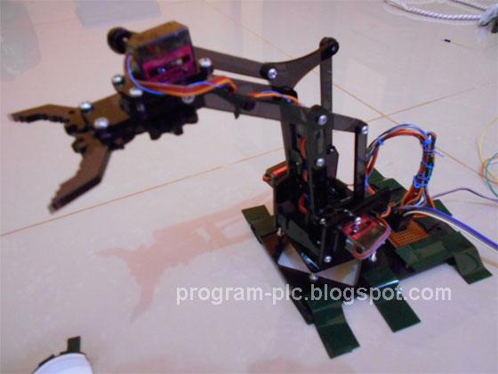 Build a Robot Arm MeArm