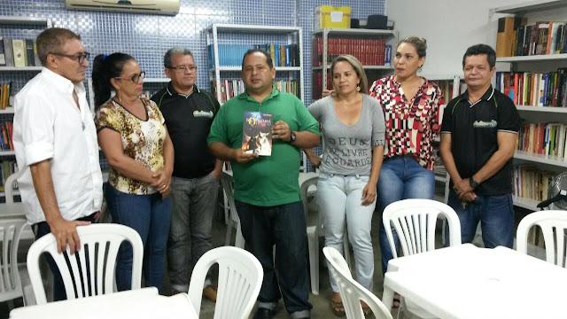 """SECRETARIA DE CULTURA LANÇA A CAMPANHA """"DOE UM LIVRO PARA NOSSA BIBLIOTECA"""""""