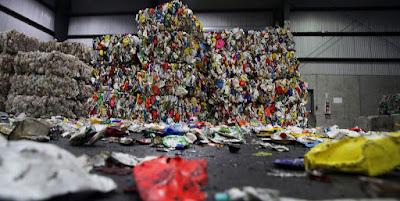 A un anno dal blocco delle importazioni di rifiuti   da parte della Cina molte città sono tornate agli inceneritori: uno dei problemi,   però, è proprio la raccolta differenziata per colpa dei Cittadini Pigri.