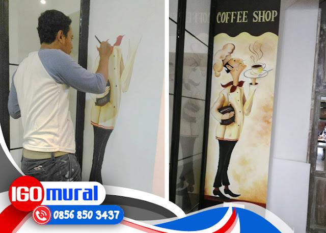 Lukisan Di Tembok Cafe