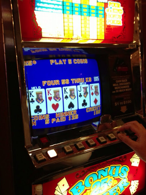 Video Poker Coin Dropper Four Kings