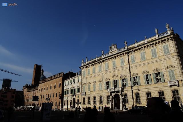 palazzo bianchi, piazza sordello, mantova