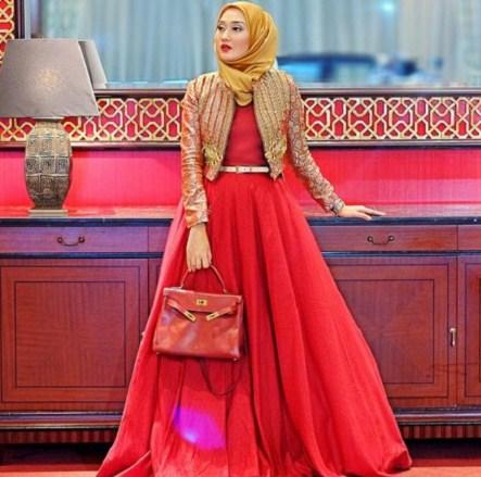 Model Gamis Dian Pelangi 2019 Nusagates