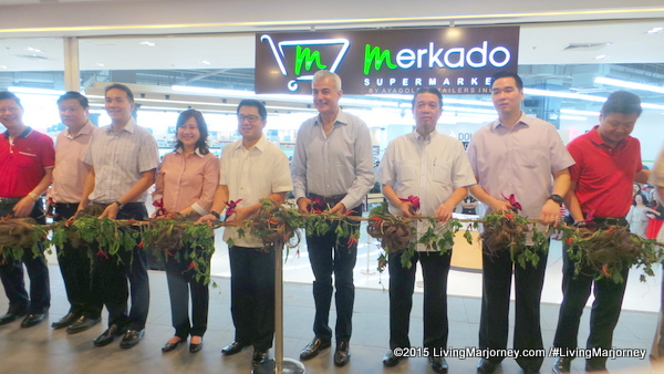 Merkado Supermarket In UP Town Center