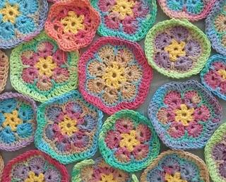 Afrikankukka virkattu african flower crochet