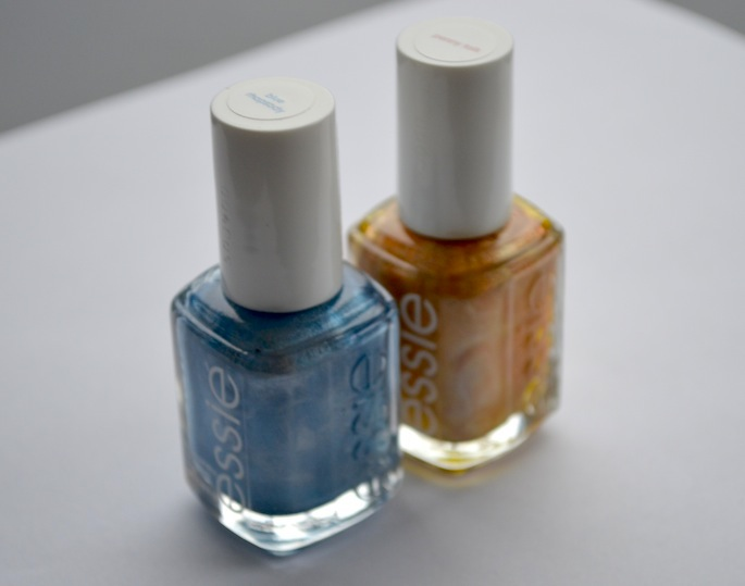 Essie Metallic Nail Polish Review, Essie Penny Talk Review, Essie Blue Rhapsody Review, Vancouver Beauty Blog, Vancouver Fashion Blog, Best Metallic Nail Polish