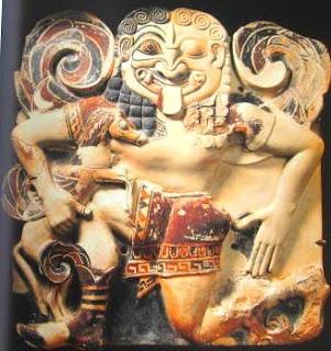 Medusa in terracotta colorata, da Siracusa