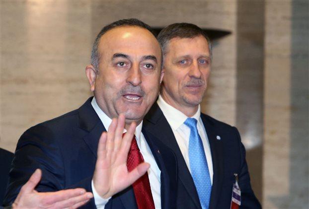 Μεταναστευτικό: Νέες απειλές Τσαβούσογλου για τη συμφωνία με την ΕΕ