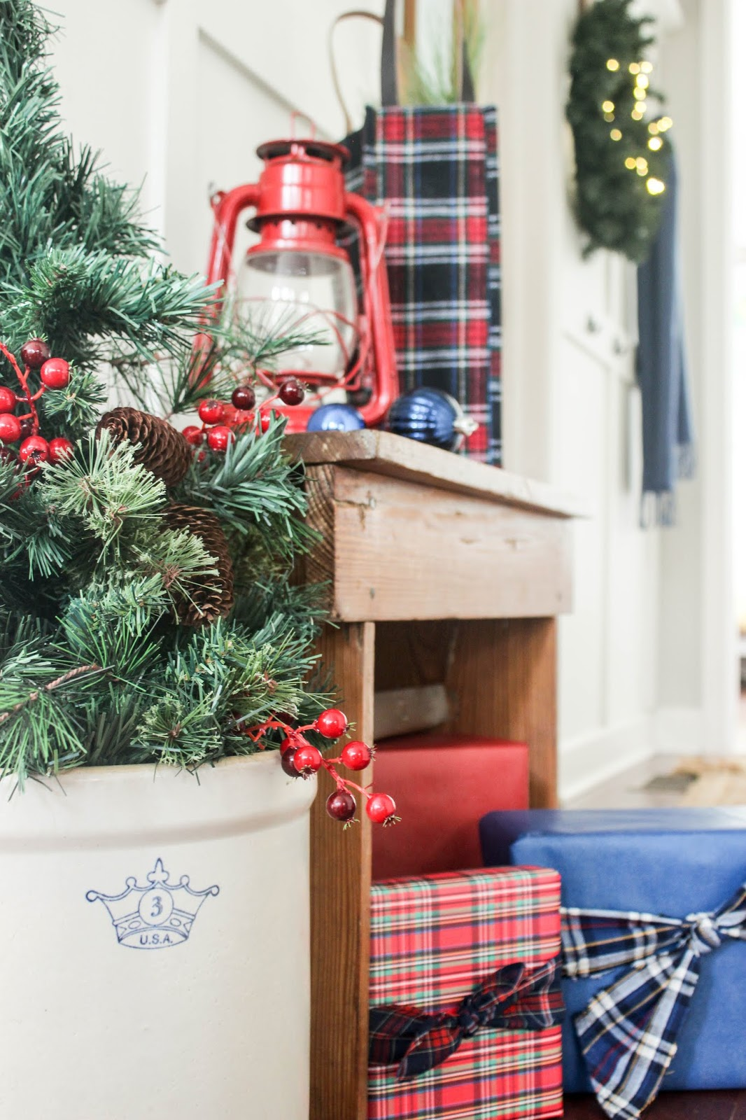 holiday plaid decor