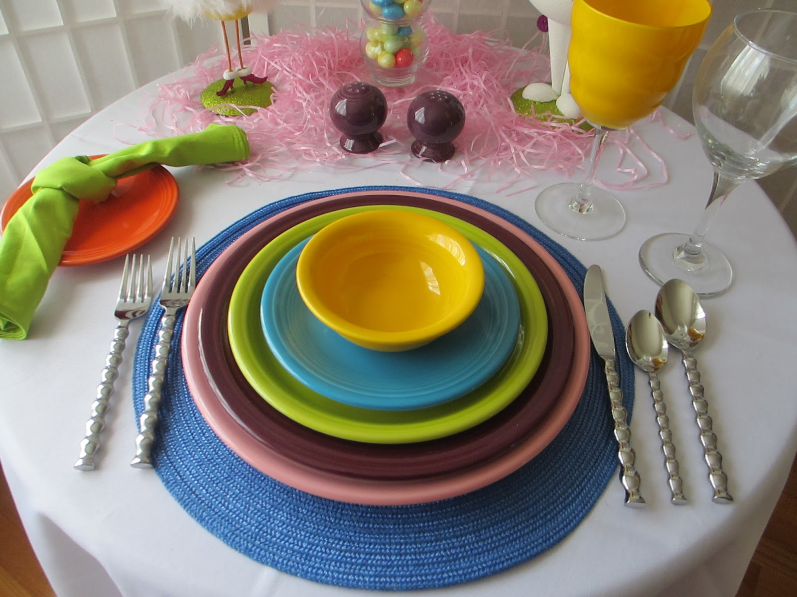 This Table Is Definitely Not For The Faint  Hearted   Lots And Lots Of Bold  Colors