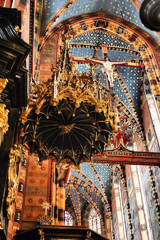 Basílica de Nossa Senhora, Cracóvia, Polônia.