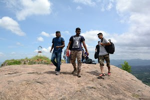 Getting down, Rayakottai Fort trekking