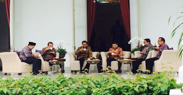 "Jokowi ""Ngeteh"" Bersama Pimpinan DPR di Istana Negara"