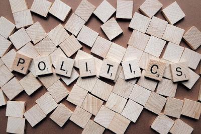 Pemahaman tentang politik secara global dan para ahli dibidangnya