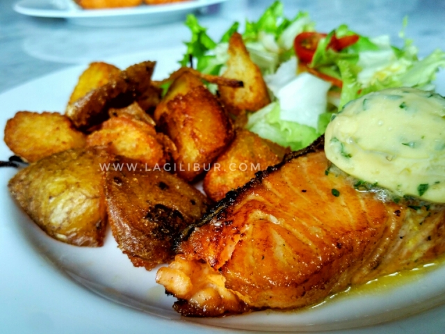 Pan-Fried Salmon Liberica Solo