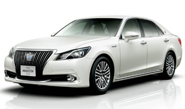 2018 Toyota Crown Specs and Price
