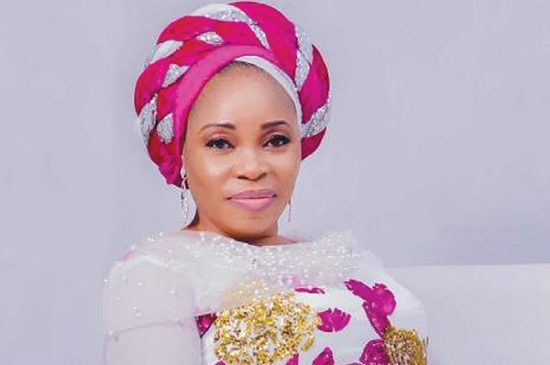 """Tope alabi 2018 song: download latest song """"yes and amen""""."""