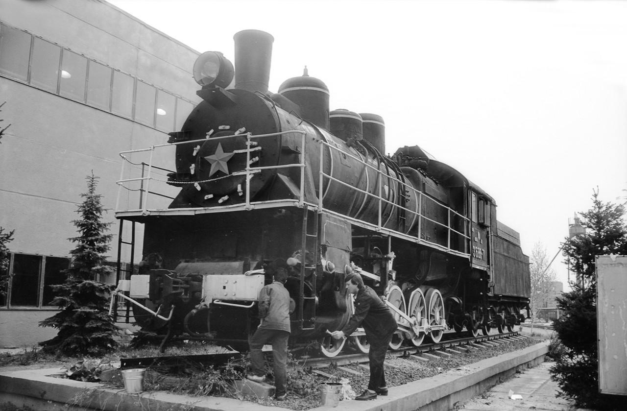 среди старые фото великолукского паровозного депо детях эти полицейские