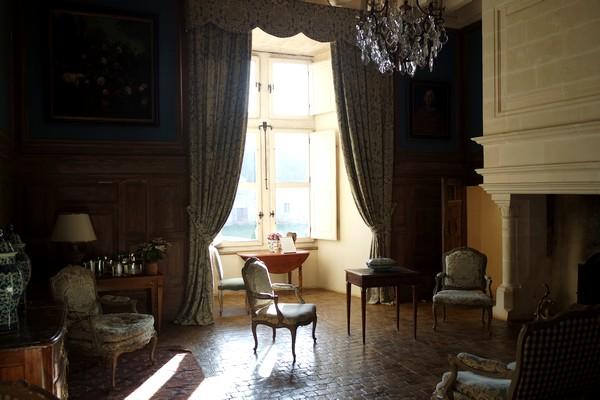 charente château la rochefoucauld salon bleu