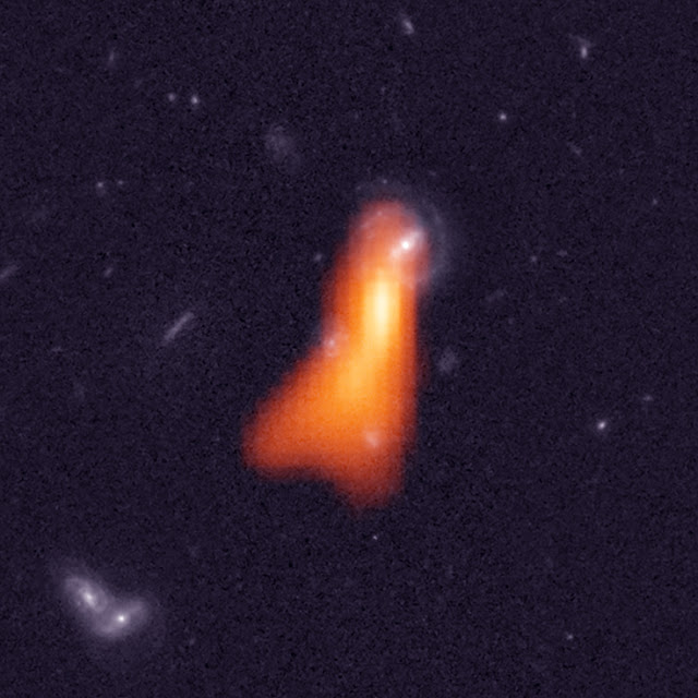 Astronomers smash cosmic records to see hydrogen in distant galaxy