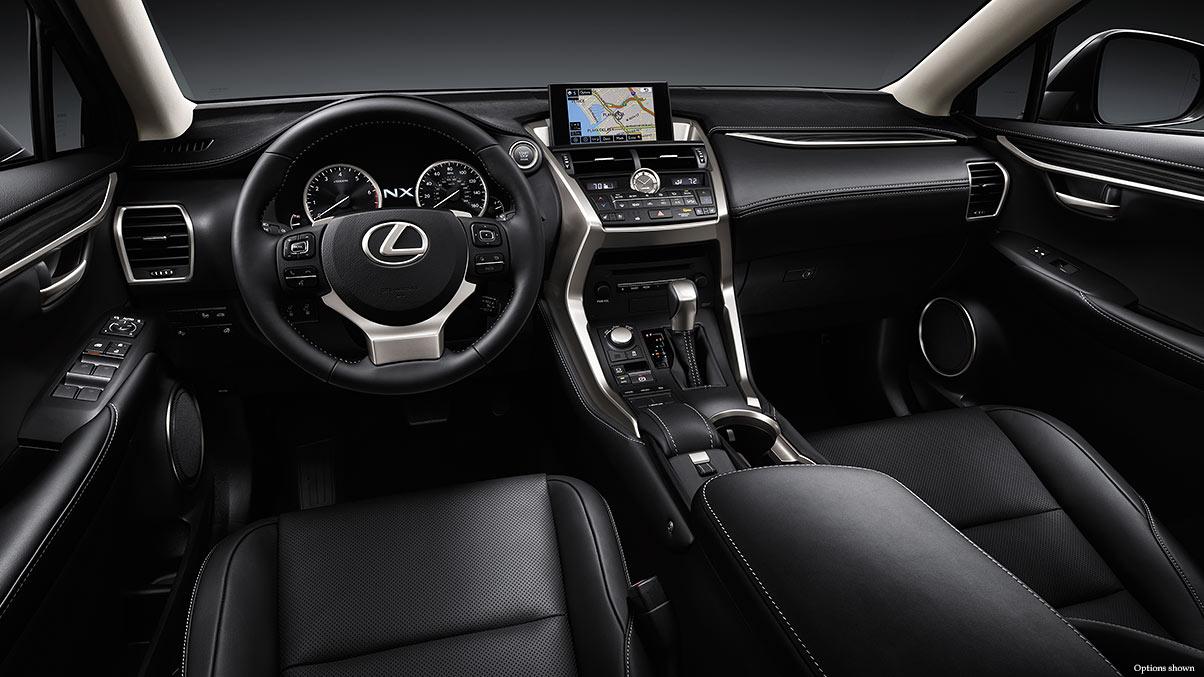 Khoang lái của NX2001 sang trọng, chắc chắn, thể thao, cá tính từng đường nét