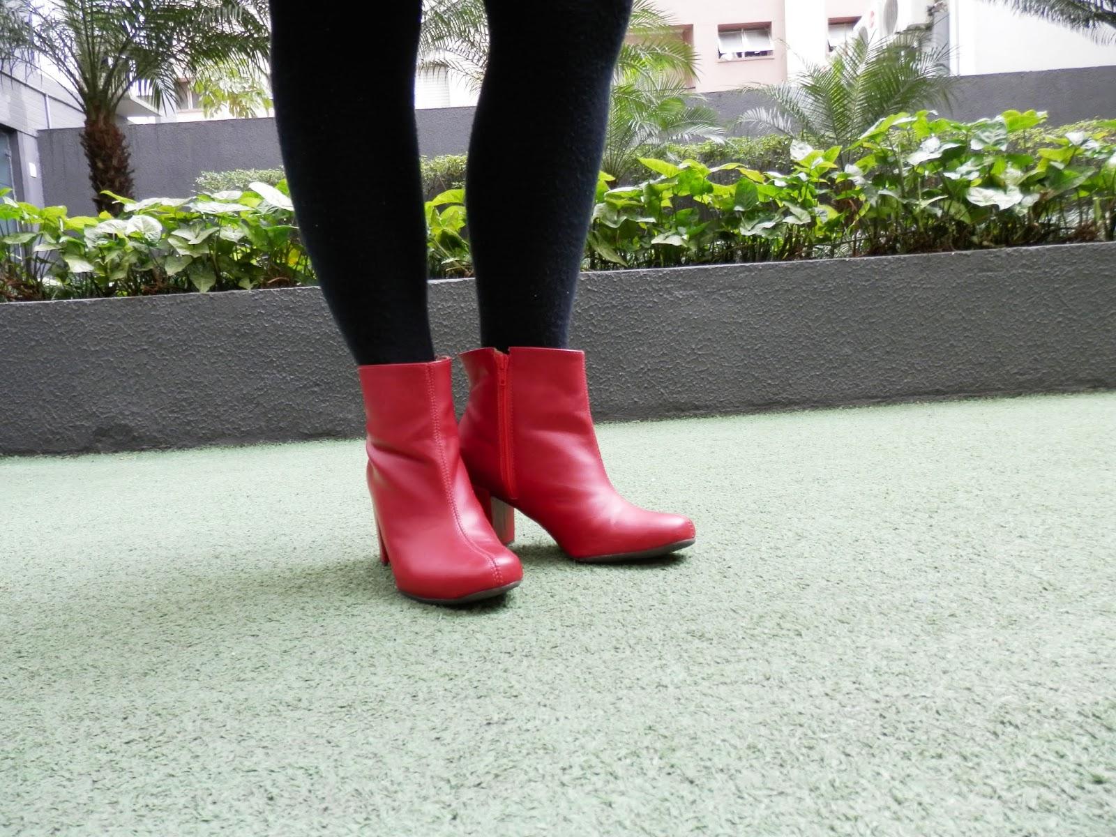 bota vermelha da zatini é confortável