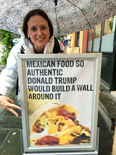 Sign in Norway: Mexican food so authentic, Donald Trump would build a wall around it.