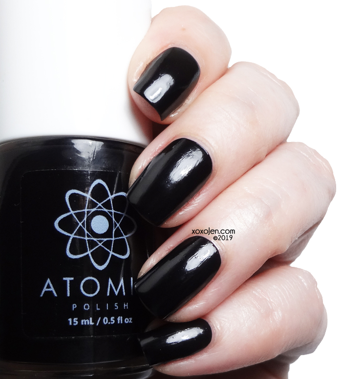 xoxoJen's swatch of Atomic C (Carbon) G